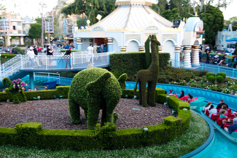 It's A Small World Shrubbery