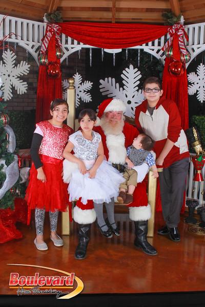 Santa 12-10-16-423.jpg