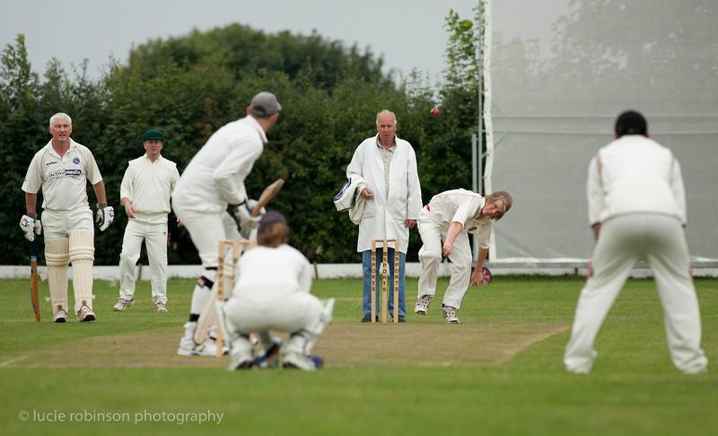 110820 - cricket - 019-2.jpg