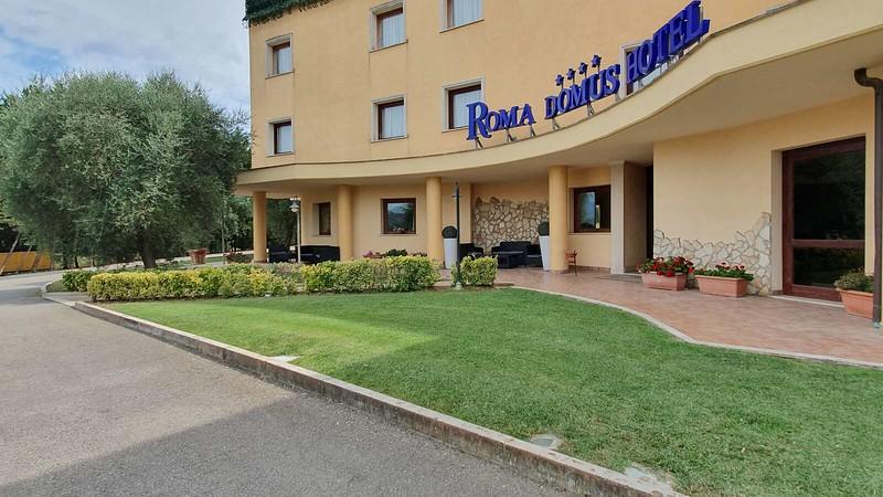 021 -  ROMA DOMUS HOTEL - EXTERIOR.jpg