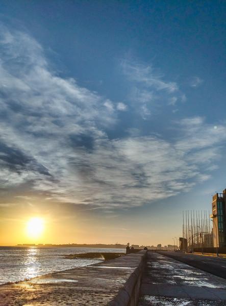 havana sunrise malecon-2.jpg