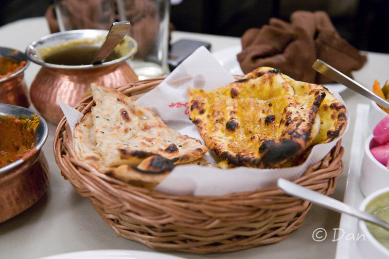 garlic naan and butter naan