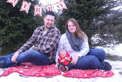 11-25-18 Daniul Christmas Tree Mini