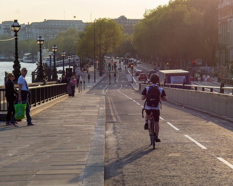 Embankment Cycle Superhighway