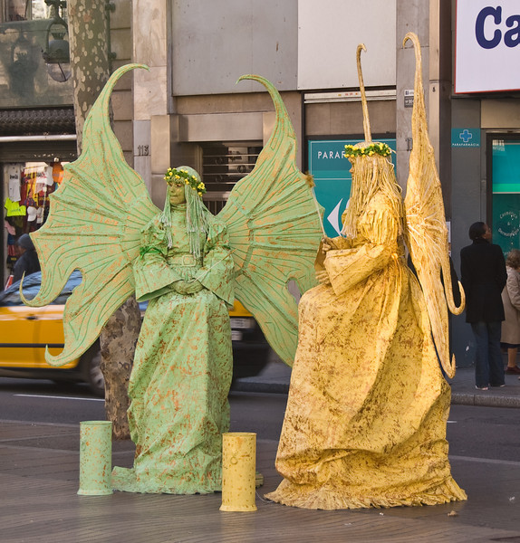 Living statues on Las Ramblas in Barcelona. (Dec 14, 2007, 12:29pm)