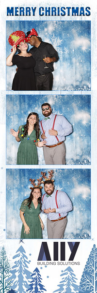 2018 ALLY CHRISTMAS PARTY BOOTH STRIPS_12.jpg