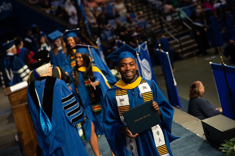 May 12, 2018 commencement -1057.jpg