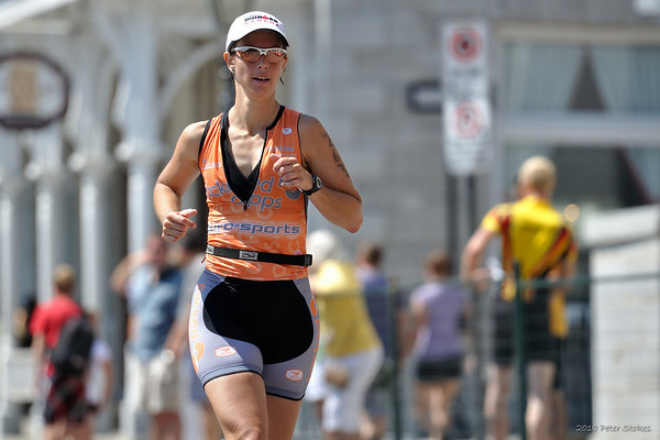Runners in the 2010 Kingston Triathlon