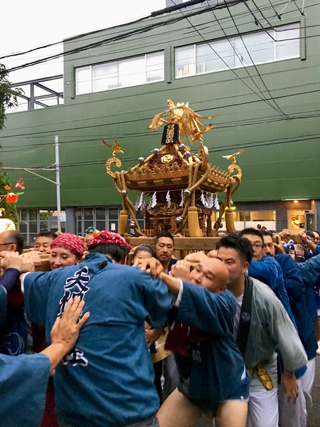 お神輿 Mikoshi