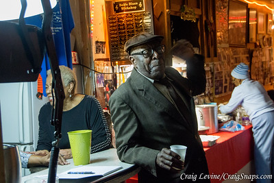 Mr. Bell and his Juke Joint: Chitlin' Circuit on the West Coast