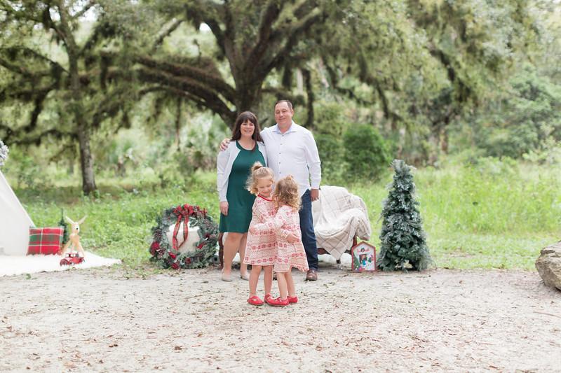 Holiday Minis- Bogie Family-11.jpg