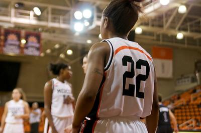 Homecoming Women's Basketball Nov 2010