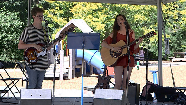 Petrichor (Nathan, Iris [and Josie]) at VARSA Youth Stage Ober Park Strawberry Festival Sunday