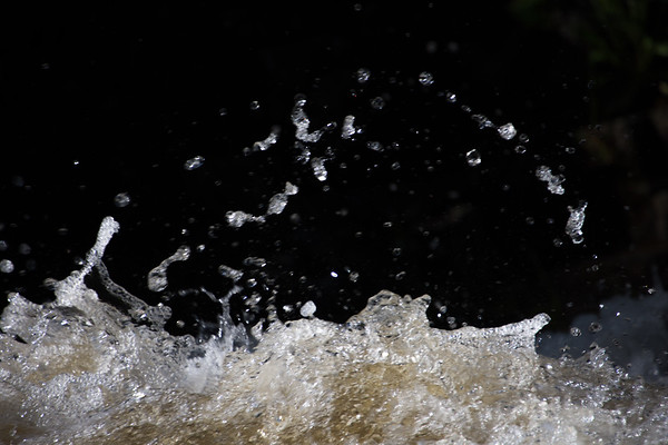 Bubbles and Exuberant Water