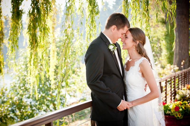 Kiana-lodge-clearwater-casino-pauslbo-bainbridge-wedding-carol-harrold-photography-15.jpg