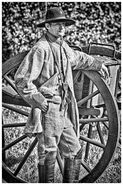 11172017_Leindo_Plantation_Civil_War_Weekend_TX_Artilleryman_500_2714-Edit.jpg