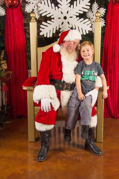 Santa 12-16-17-237.jpg