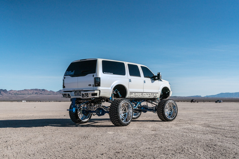 @lady_luck_excursion v.2 2016 @Ford Excursion Conversion 30x16 #GENESIS CONCAVE 42x16.5r30 @FuryOffroadTires-33.jpg