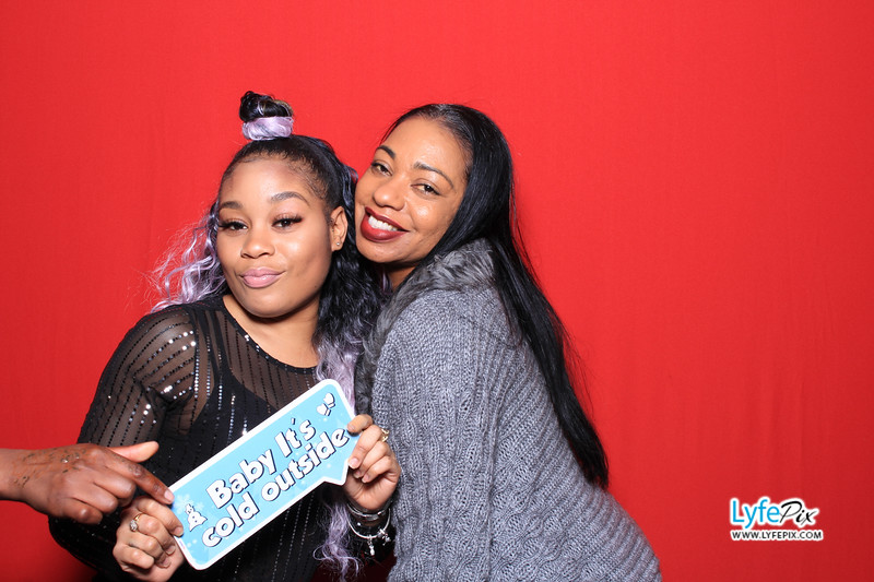 eastern-2018-holiday-party-sterling-virginia-photo-booth-0264.jpg
