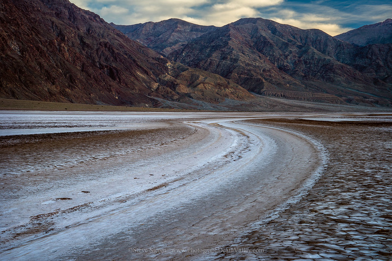 Death_Valley_Dry_Amaragosa_River_DSC5570.jpg