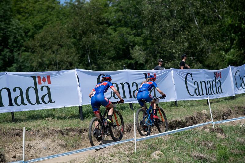 Lea Davison (USA) Clif Pro Team / Catharine Pendrel (Can) Clif Pro Team
