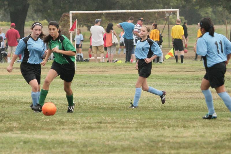 Soccer2011-09-10 09-07-38.JPG