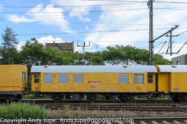 (75 80 2329) Wohnwagen