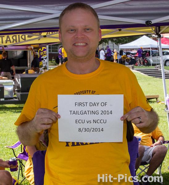 2014 AUGUST 30 PIRATE TAILGATE PARTIES NEAR STADIUM