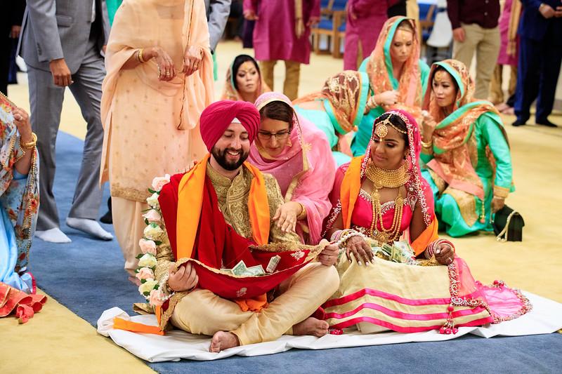 Neelam_and_Matt_Gurdwara_Wedding-1516.jpg