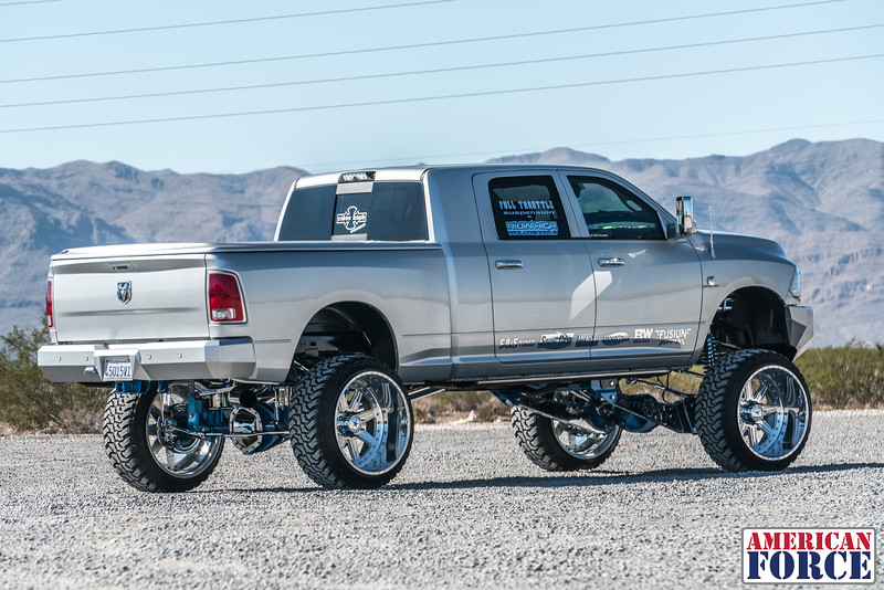 Ridin'-High-Silver-Dodge-Ram-161105-DSC02737-9.jpg