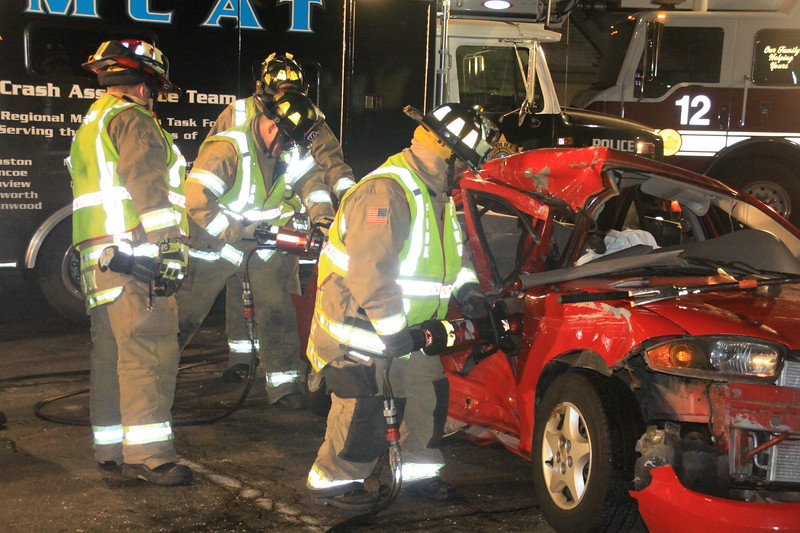 Northbrook Rollover Accident Skokie And Dundee 179.JPG