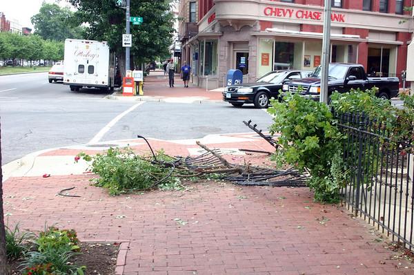 2007-06_400 SS Auto Accident