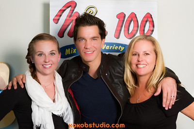 2012-09-19 - Mix100 - Andy Grammer