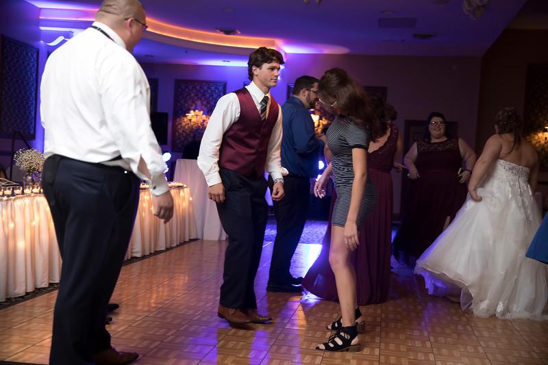Amanda & Tyler Wedding 0932.jpg
