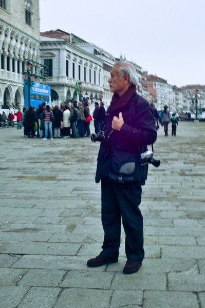 The only other Leica shooter I saw so far, old Chinese guy with a M9 and M8