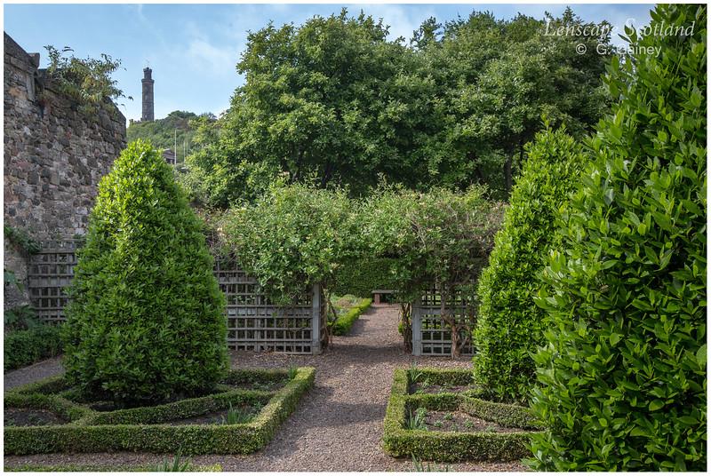 Dunbar's Close Garden, Canongate (2)