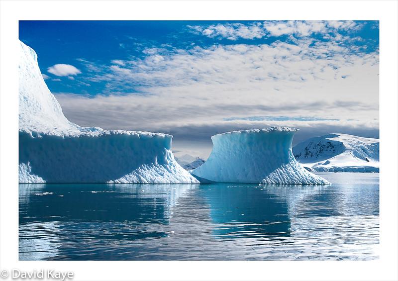 Small iceberg.jpg