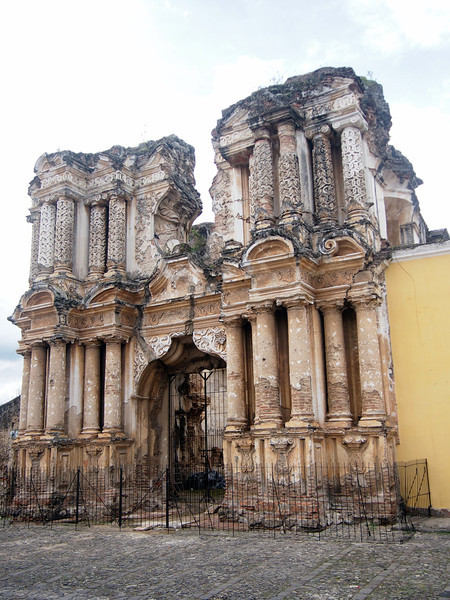 P6210360-ruined-church.JPG