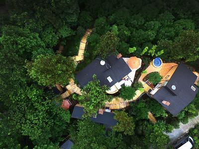 Wasai Hotspring Treehouse Boutique Hotel on Qingcheng Mountain 青城山哇塞林溪地精品温泉树屋客栈