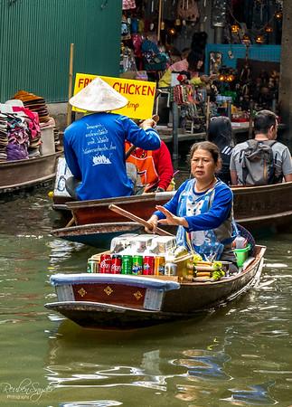 Danmoan Floating Market