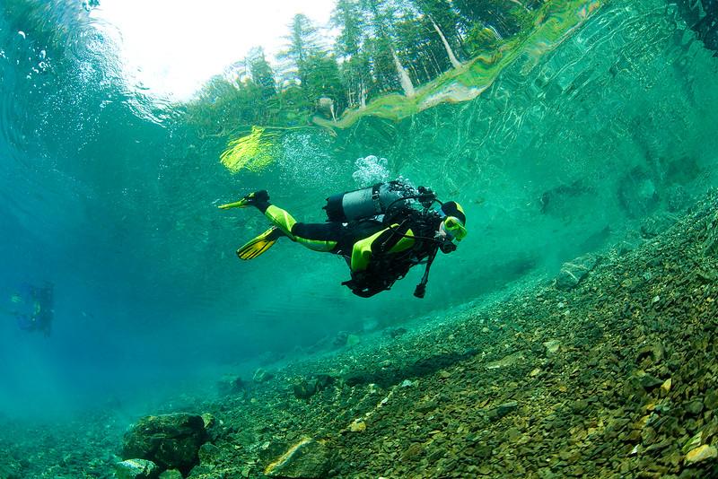 Taucher im Gebirgssee, Steiermark, Gruener See, Österreich, Oesterreich / Scuba Diver in a mountain lake, Steiermark, Gruener See, Austria