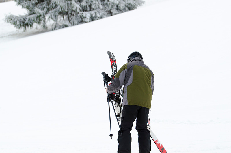Opening-Day-Slopes-2014_Snow-Trails-70948.jpg