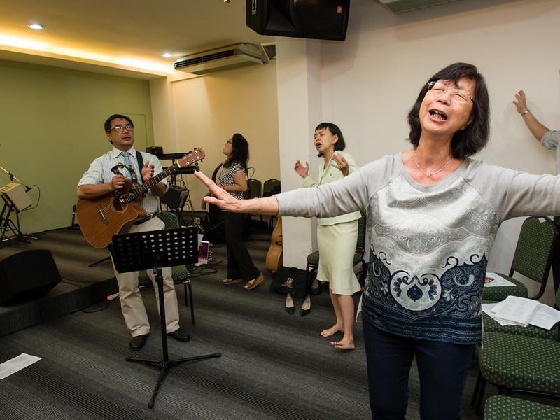 extended_prayer_meeting-10.jpg