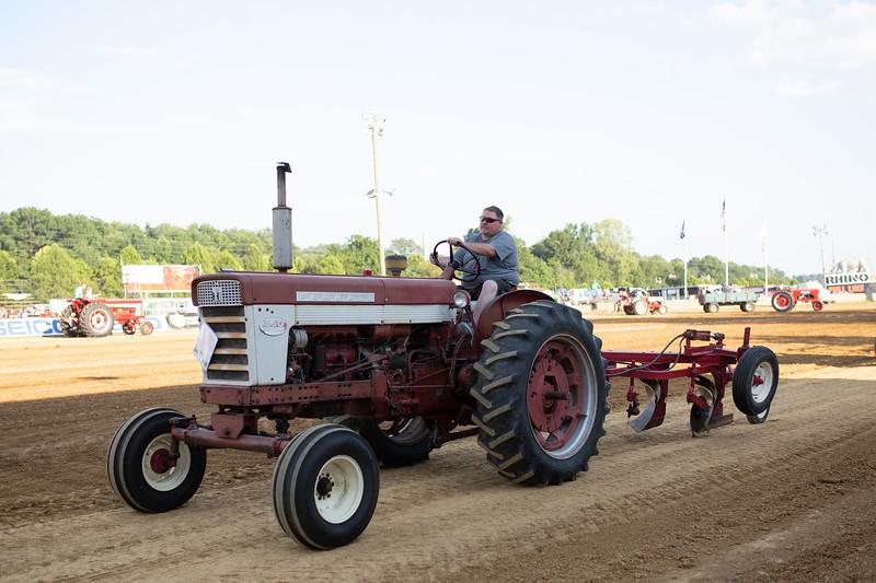 Antique Tractor Parade-117.jpg