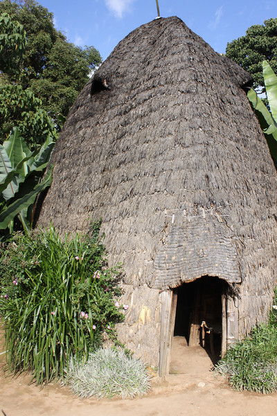 "Droze tribe ""beehive"" house"