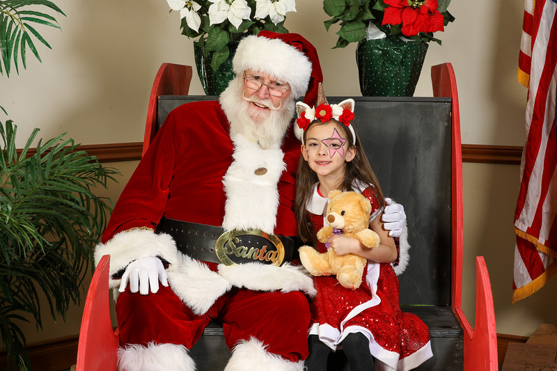 TBTP 2019 Photos with Santa-104.JPG
