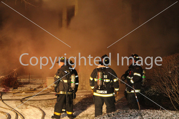 FOREST PARK, IL 2ND ALARM FIRE 7736 MONROE (12-30-2013)