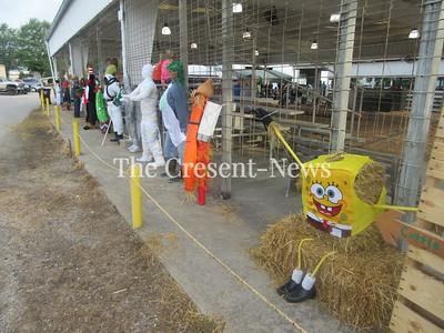 08-17-19 NEWS DC Fair scarecows
