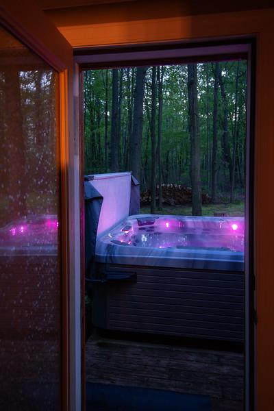 Masterbath to Hot Tub.jpg