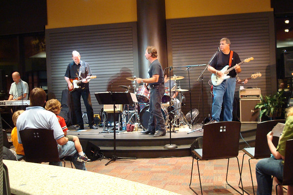 Playing @ the Plaza-Somebody's Daddy September 17, 2009